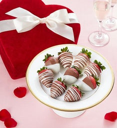 Chocolate Strawberries in Valentine Heart Box