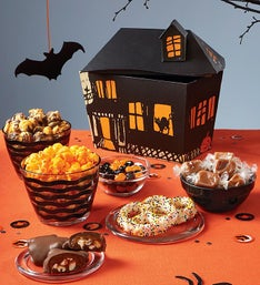 The Popcorn Factory Haunted House Gift Box