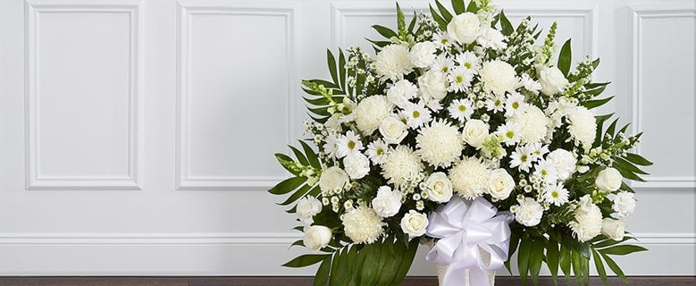 Helpful Tips for Sending Funeral Flowers and Expressing Sympathy