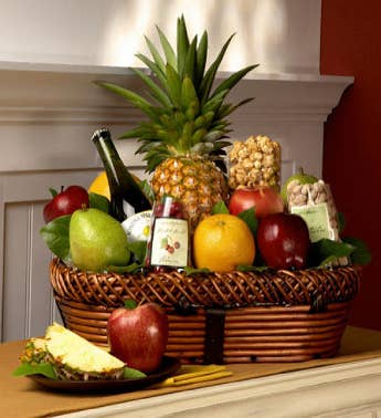 Bountiful Fruit  Gourmet Gift Basket Deluxe