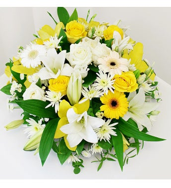 Medium Yellow Sympathy Wreath