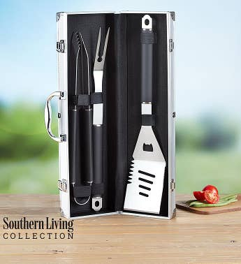 Southern Living™ Personalized Grilling Set