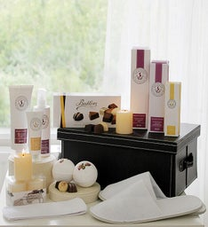 Mom's Ultimate Relaxation Pamper Gift
