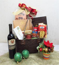 Holiday Magic Gift Basket