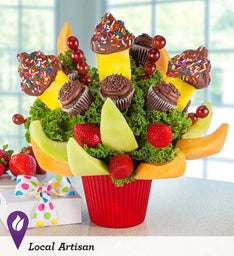 Hey There, Cupcake Chocolate Fruit Bouquet!