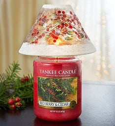 Yankee Candle® Red Berry & Cedar Jar with Shade