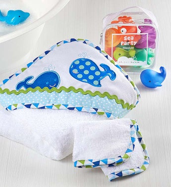 Whale Splash Party Hooded Towel & Bath Toys Set