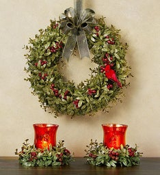 Kissing Krystals® Votive Holders and Wreath