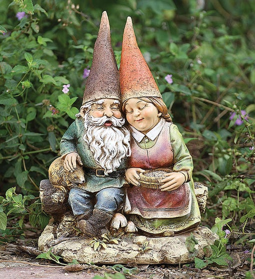 Gnome Couple Statue
