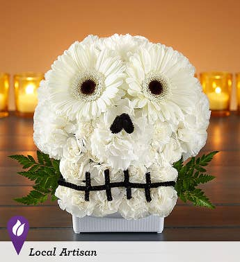 spooky skull flower arrangement