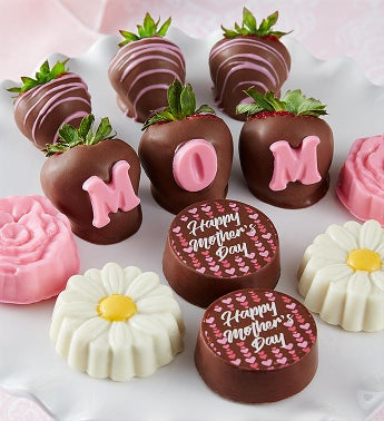 Mothers Day Dipped Strawberries and Oreos