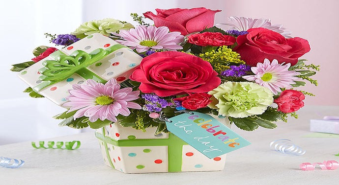 Whether you want to send a thoughtful funeral flower arrangement, anniversary flower arrangement or just a birthday arrangement, your beautiful flowers will be hand designed and delivered by expert florist Laguna Flowers in Elk Grove, CA.
