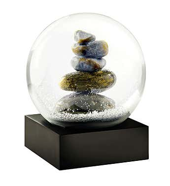 Cairn Snow Globe by CoolSnowGlobes