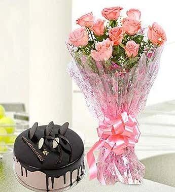 Fresh Flower With Sweet Chocolate Cake