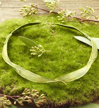Eucalyptus Collar Necklace