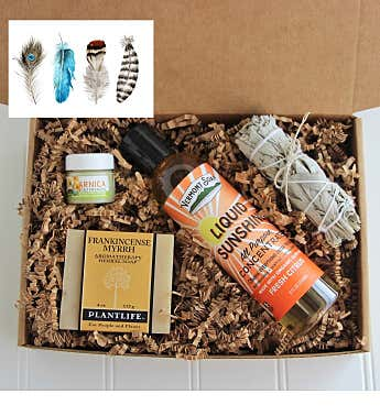 Good Vibes Men's Gift Box- Feathers Card