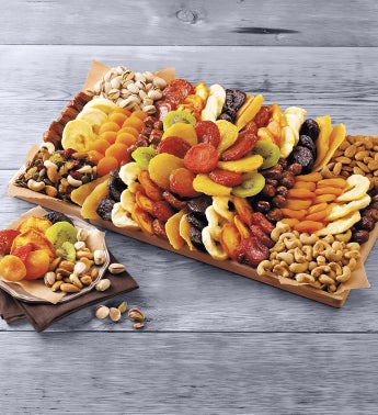 Entertainer39s Dried Fruit and Nut Tray
