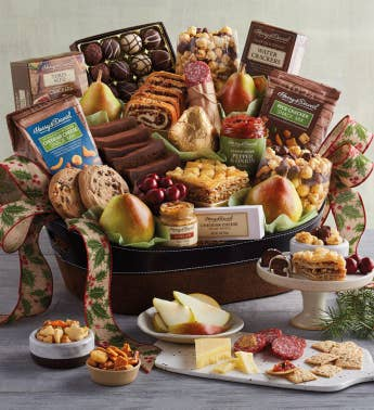 Classic Hearthside Gift Basket