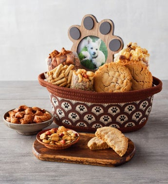 Pet Lovers Gift Basket