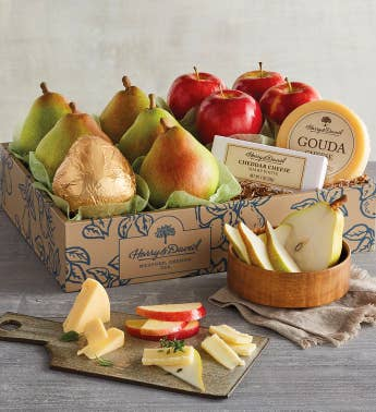 Classic Pears Apples and Cheese Gift