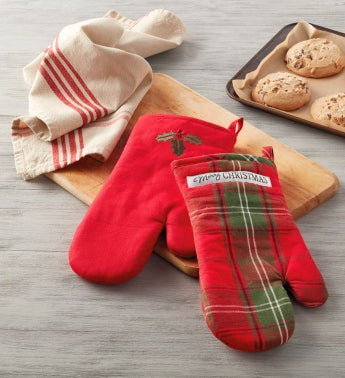 Plaid-Holly Oven Mitts