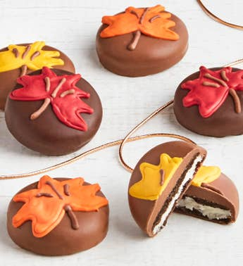 The Sweet Shop 6pc Fall Leaf OREO cookies