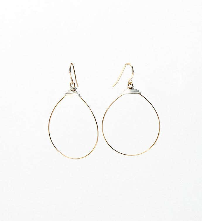 The Small Featherweight Hoop Earrings