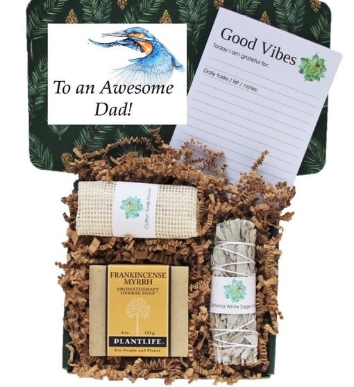 """Awesome Dad"" Good Vibes Men's Gift Box"