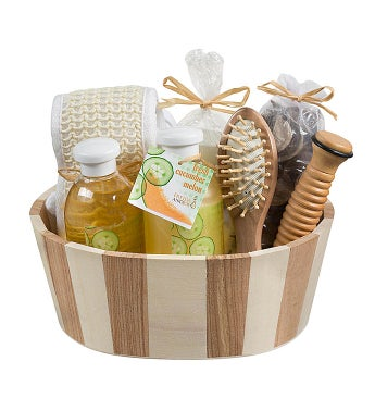 Cucumber Melon Spa Gift Set in Natural Wood Basket